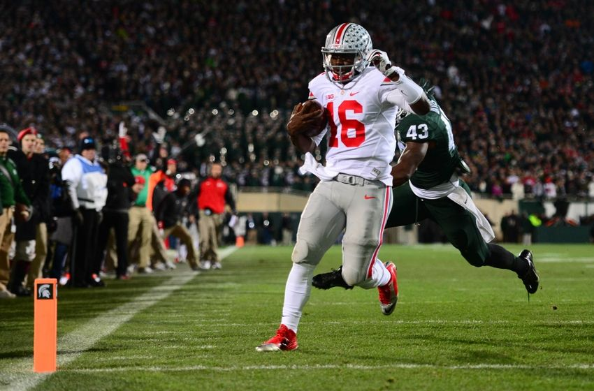 Ohio State season seemed to be over once the news broke out that Braxton Miller will be out for the season but J.T Barrett has shown that he is more than capable of getting the job done. Barrett had the best game of his young college career scoring 5 TDs on the road against a very tough Michigan State defense. Without Barrett, I'm not sure if the Buckeyes would have won this game or be in the thick of the playoff race, which is saying a lot. (Andrew Weber-USA TODAY Sports)