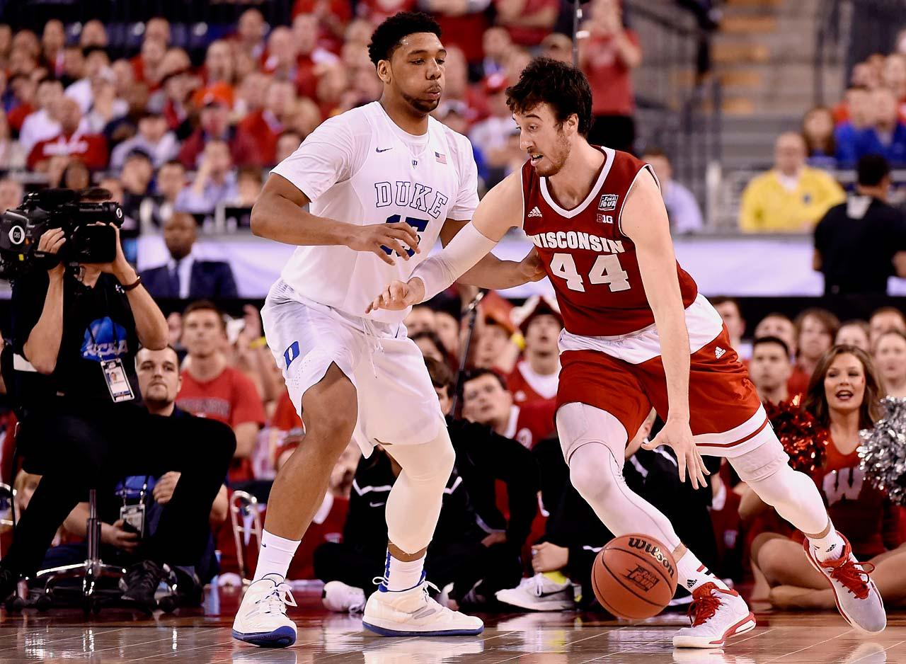 These two talented big men showed that post play is not dead at the college level. Not many 7'0 players has the interior game like these two, reason why their teams were playing for a National Championship. (Greg Nelson/Sports Illustrated)