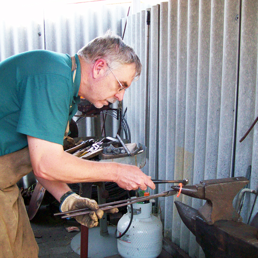 Metal forgery Demonstration - Watch as Reg transforms commonplace metal into unique items of beauty (and perhaps be lucky enough to take one home!)11am - 2pm FREE