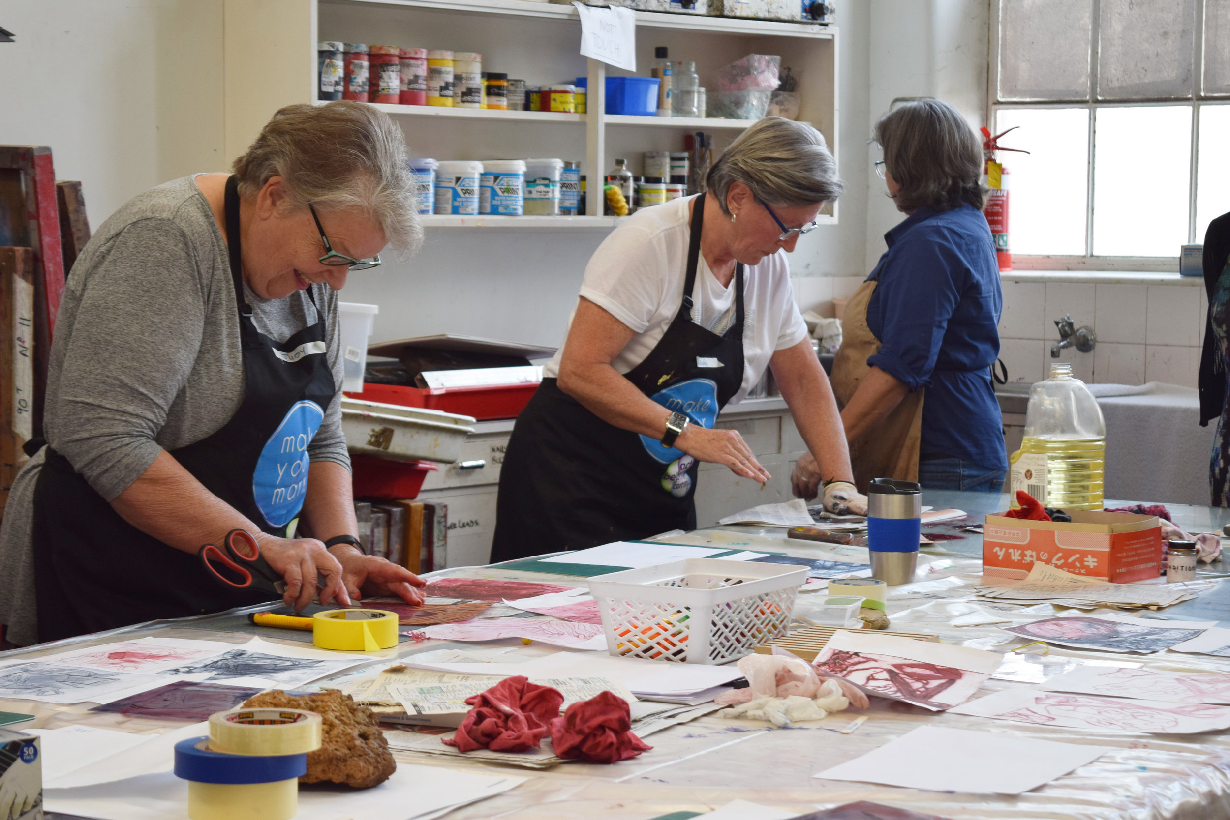 Printmaking with Monique Bosshard-Curby.JPG