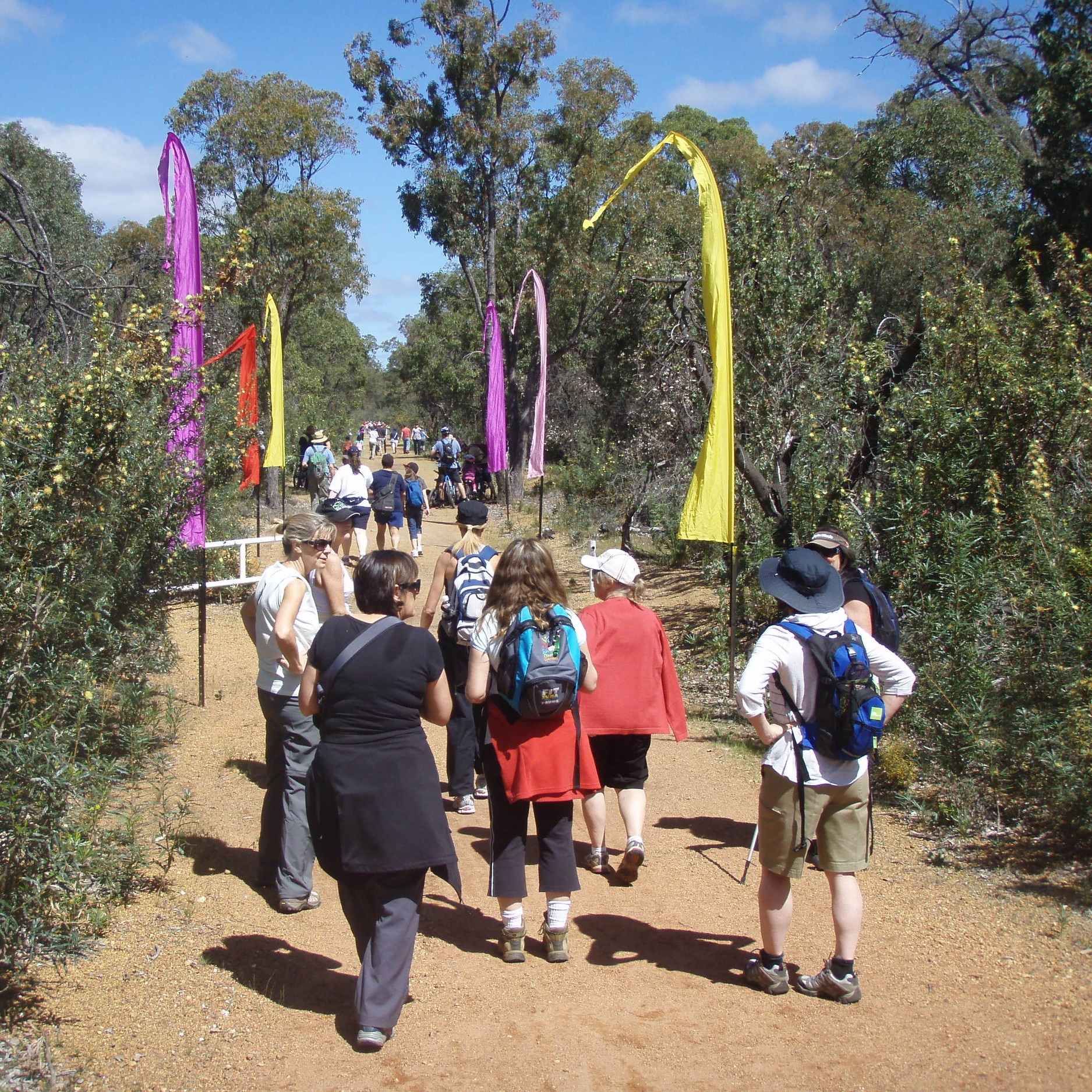 Trek the wildflower trail - Follow a 500 metre trail from the Mundaring Station Master's House to Craigie House (home of Mundaring Sharing), and find out more about the area's natural and built heritage along the way.10am - 3pmFREE