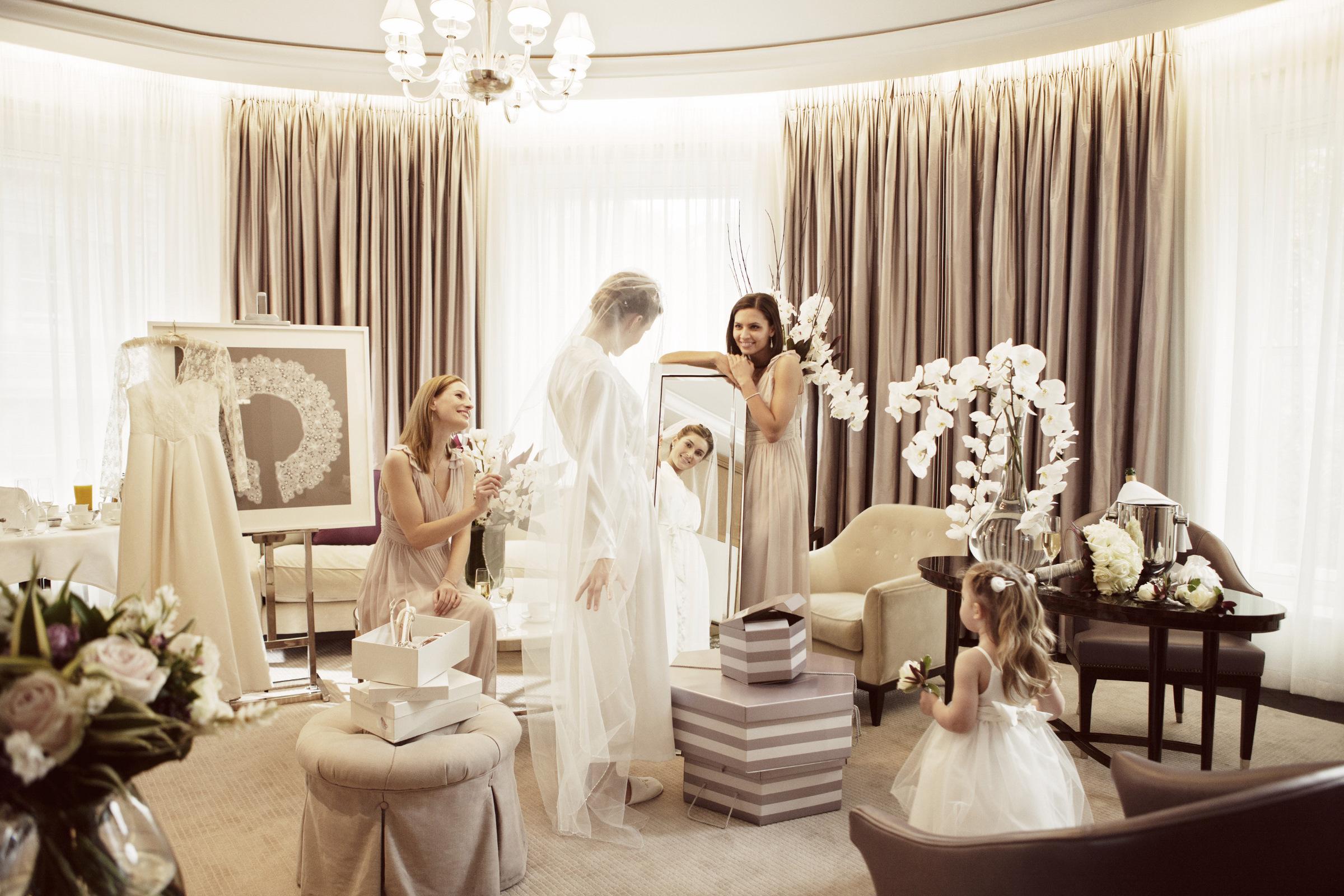 401 CHL 09C AO London_12874 Wedding RTD.jpg