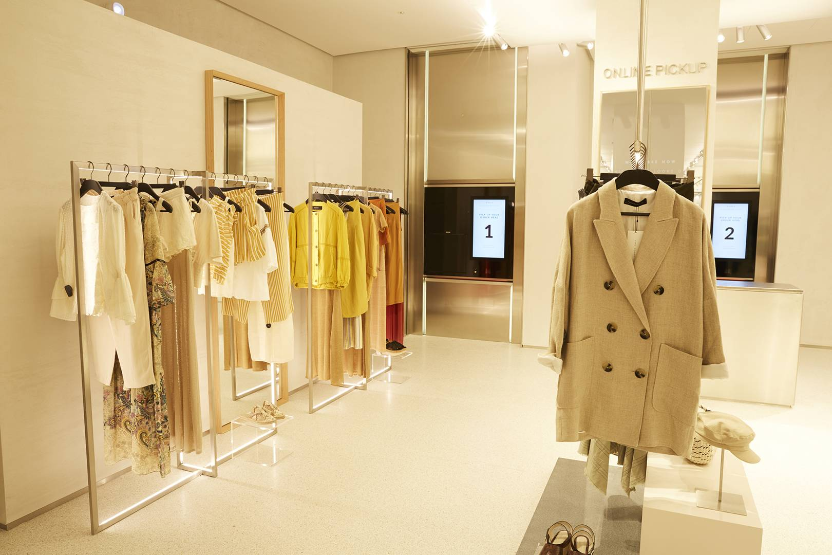 Zara integrated technological innovations in the Stratford flagship store