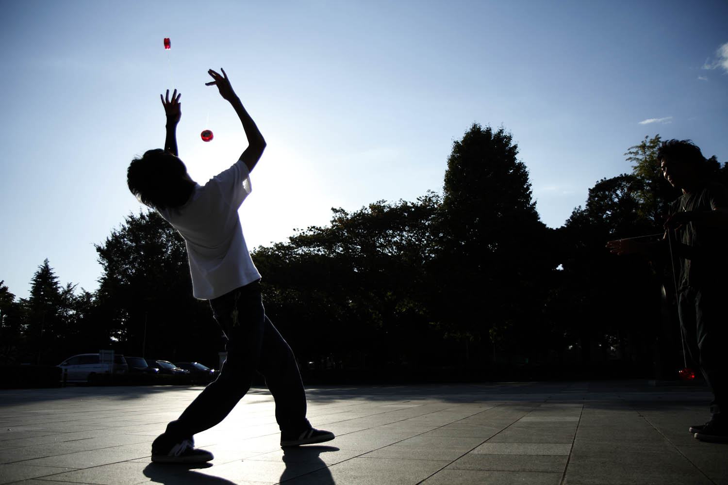 Where do some of the best yo-yoers go to practice? Apparently they go to a park just outside of Tokyo. Here former world yo-yo champion Takumi Nagase practices in a park in Kawaguchi, Japan, using two yo-yos, his specialty.