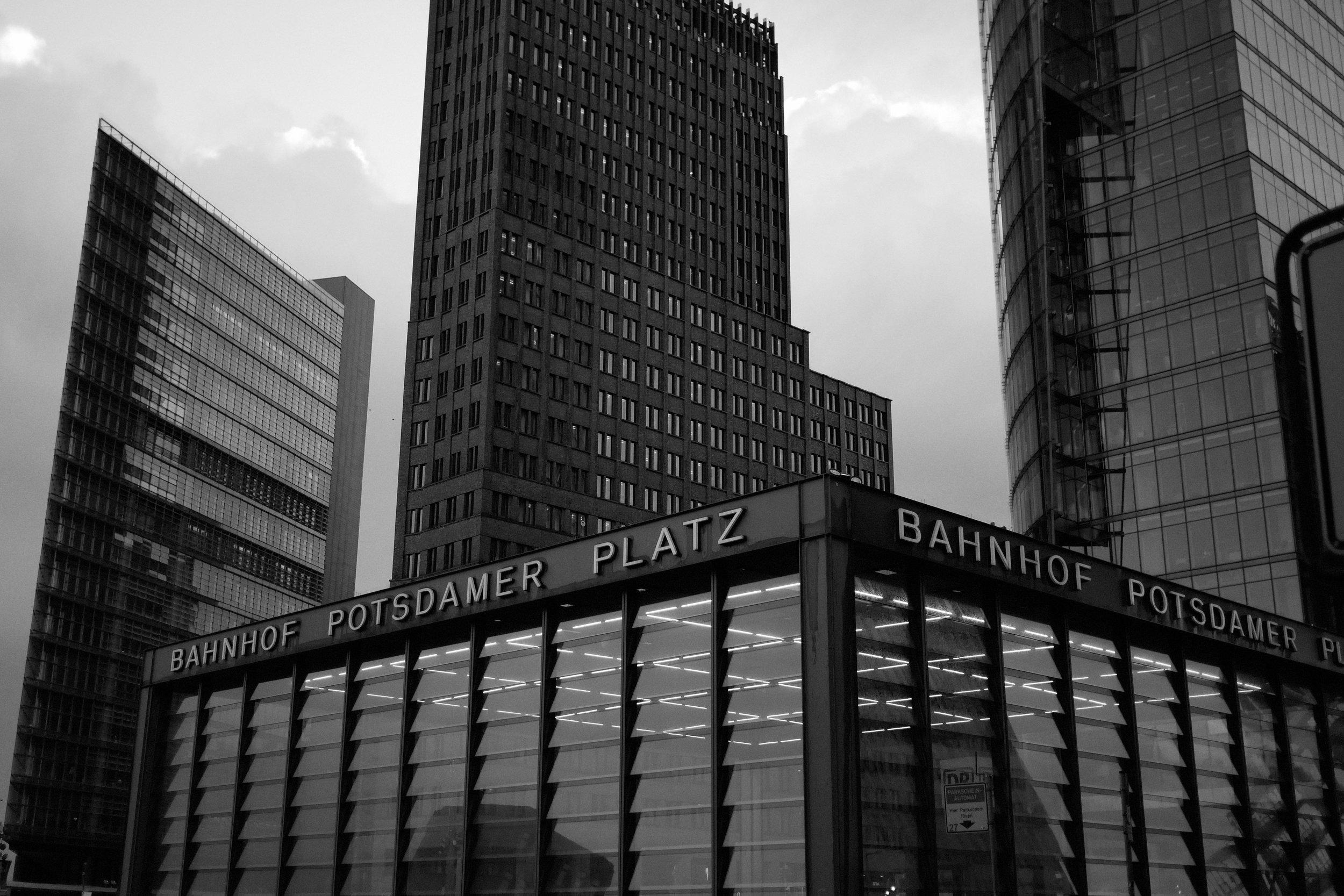 Berlin Potsdamer Platz Fotograf.jpg