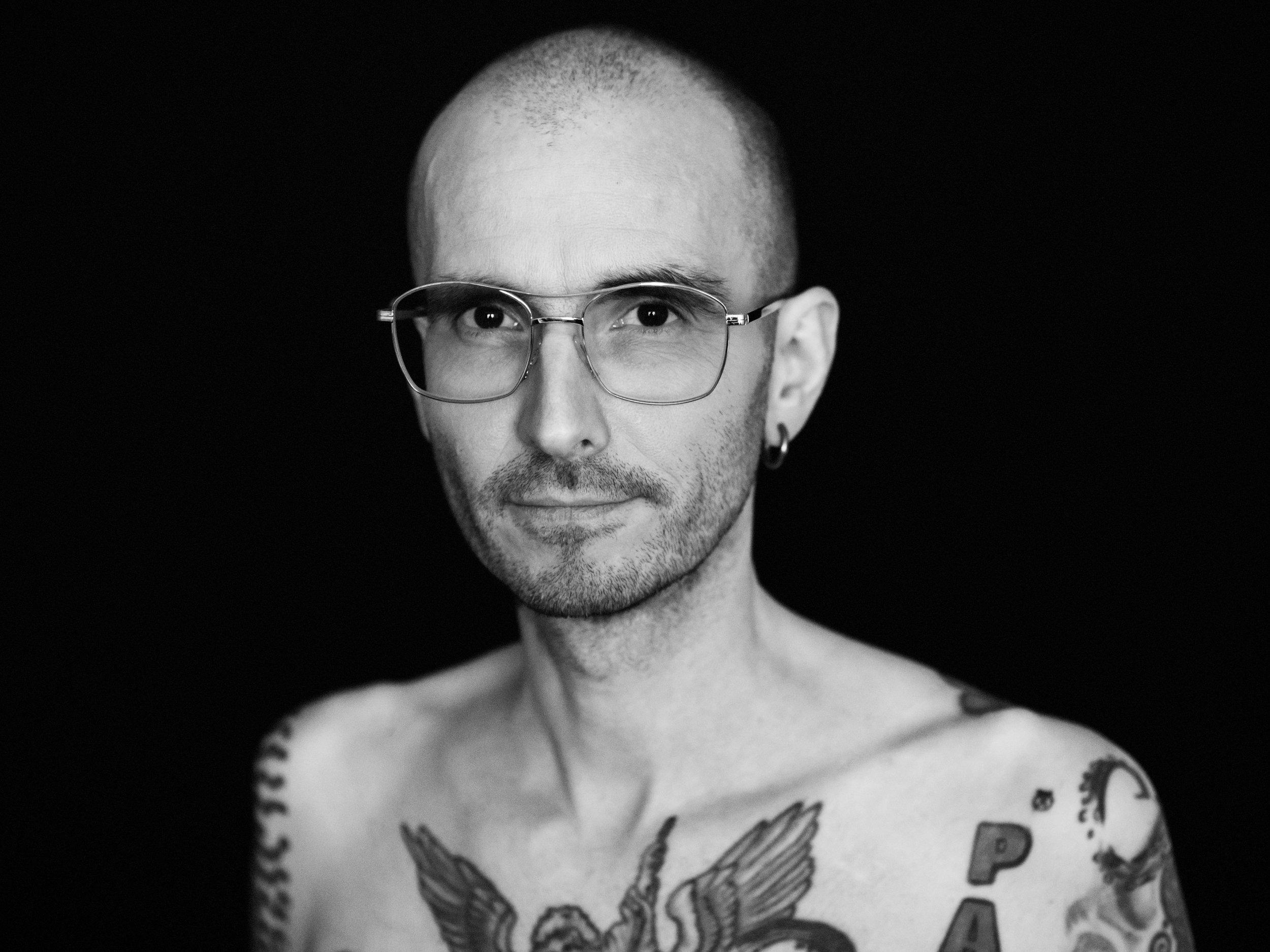 Mark Benecke Portraitfotograf Daniel Hammelstein Bonn P1000376_Exp2.jpg