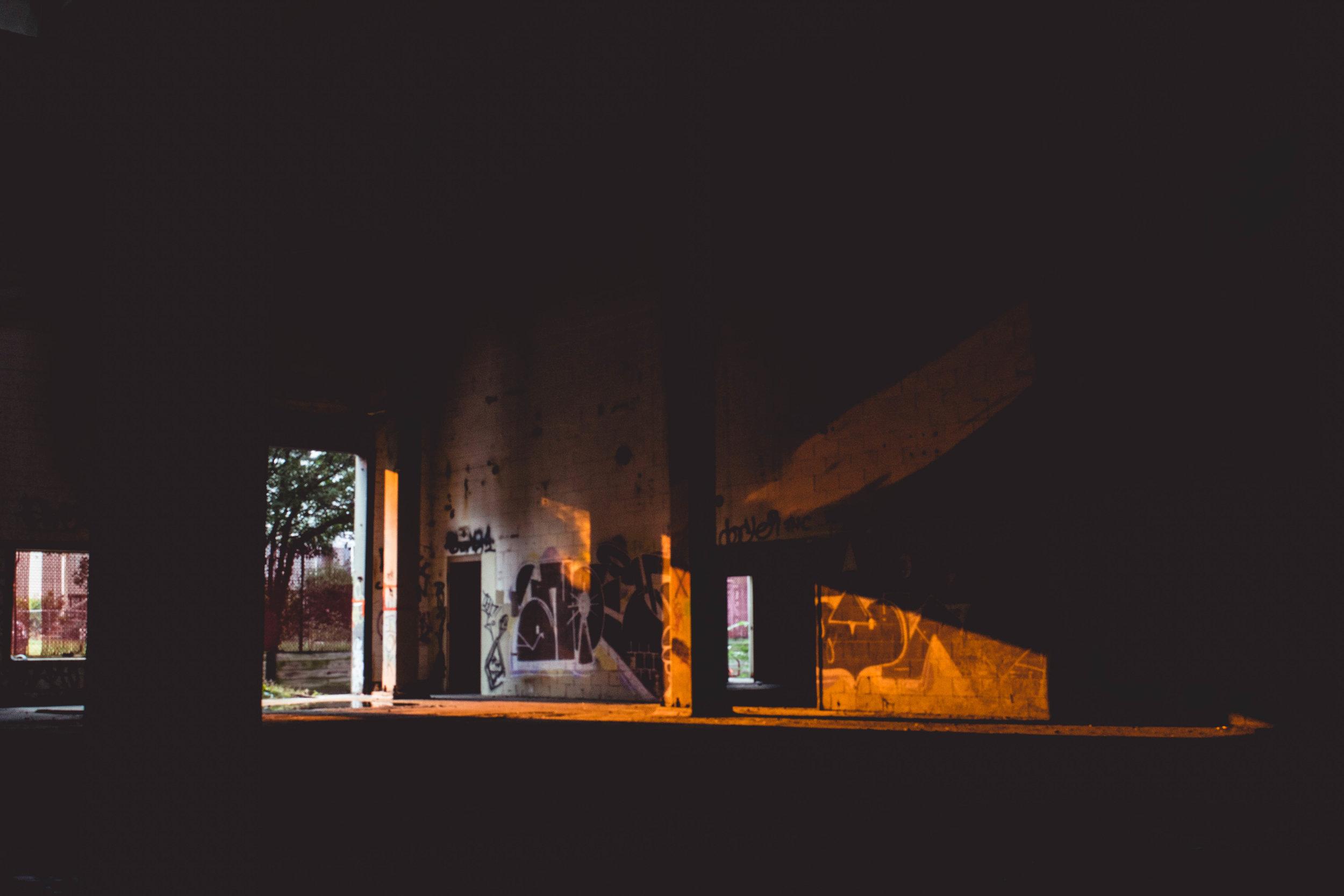 MOLHAM_LIGHTS_OUT.jpg