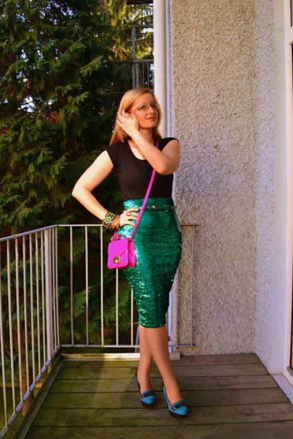 Green+sequins+45-1.jpg