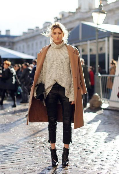 Camel Coat Fashion Blogger Whitley Adkins Hamlin.jpg