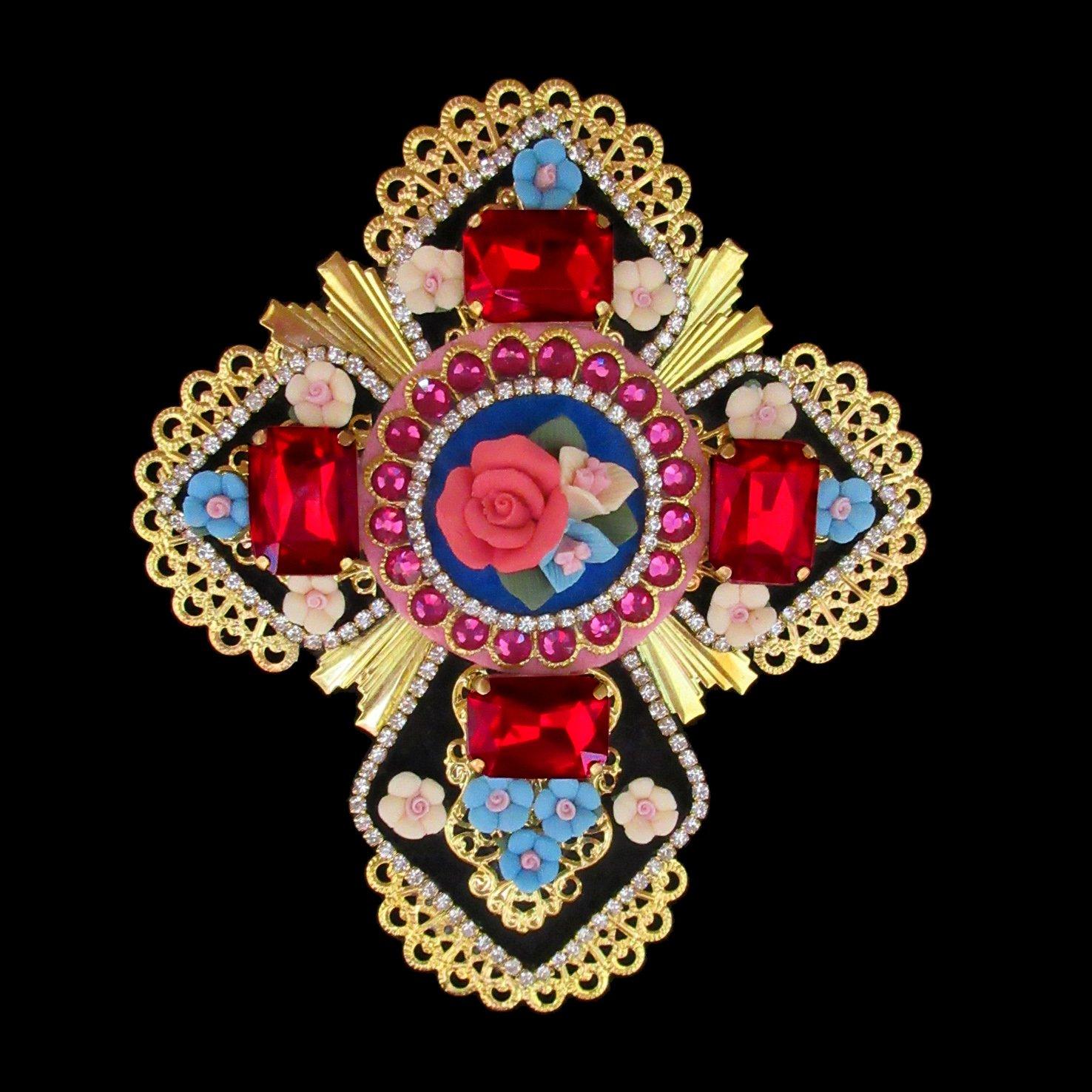mouchkine-jewelry-brooch-cross-dolcevita-fashion-jewels-bijoux-mode-style-fashion-trend-pack.jpg
