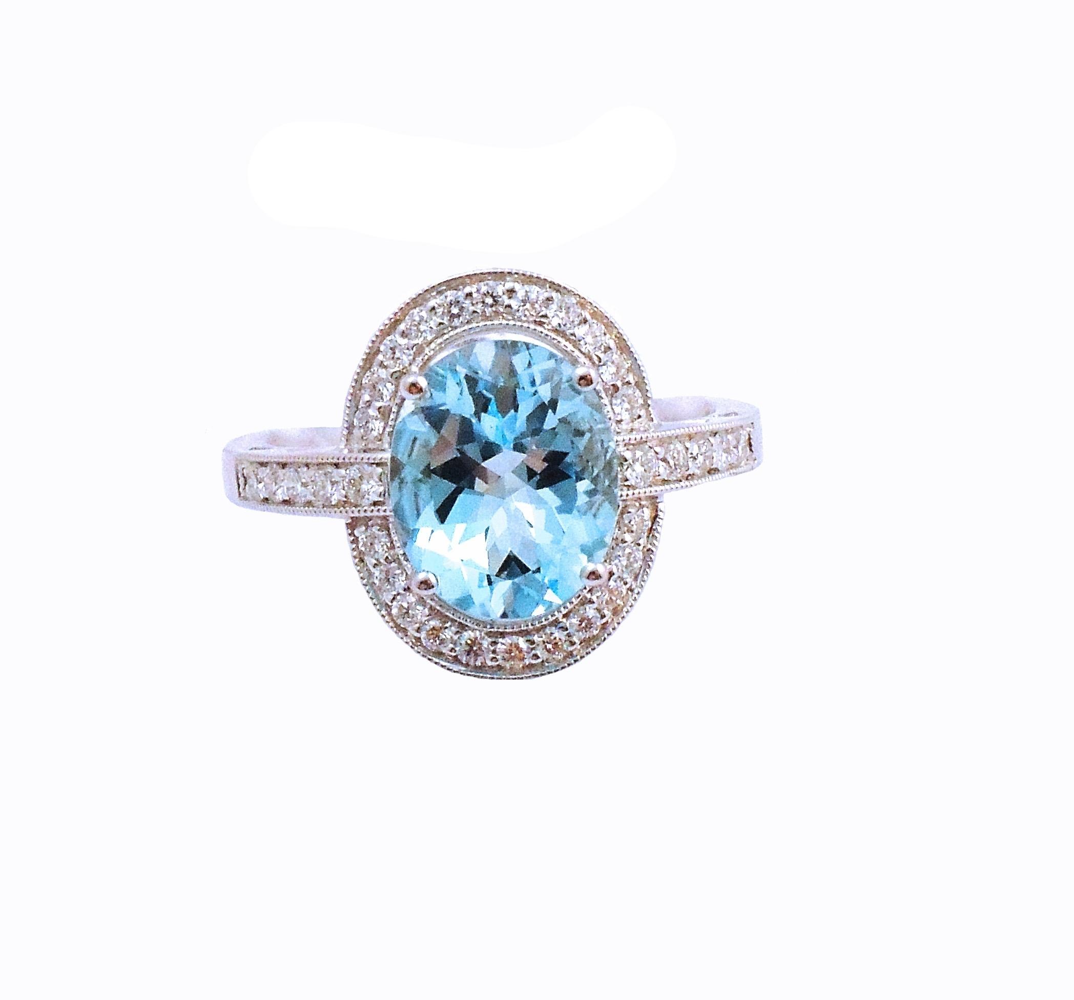 14K White Gold 2.23ct Aquamarine & Diamond Ring