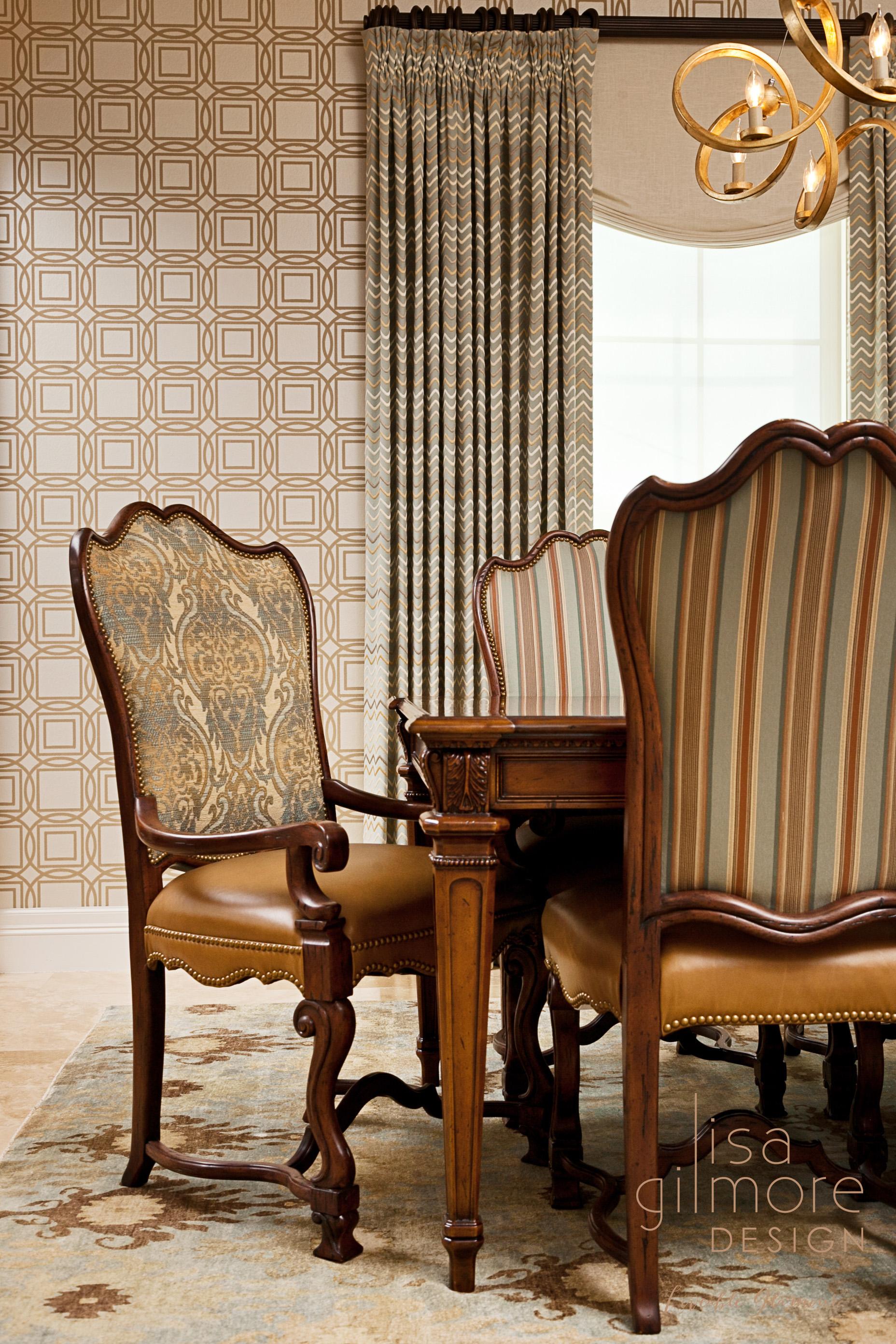 Transitional_diningroom_wallpaper8logo.jpg