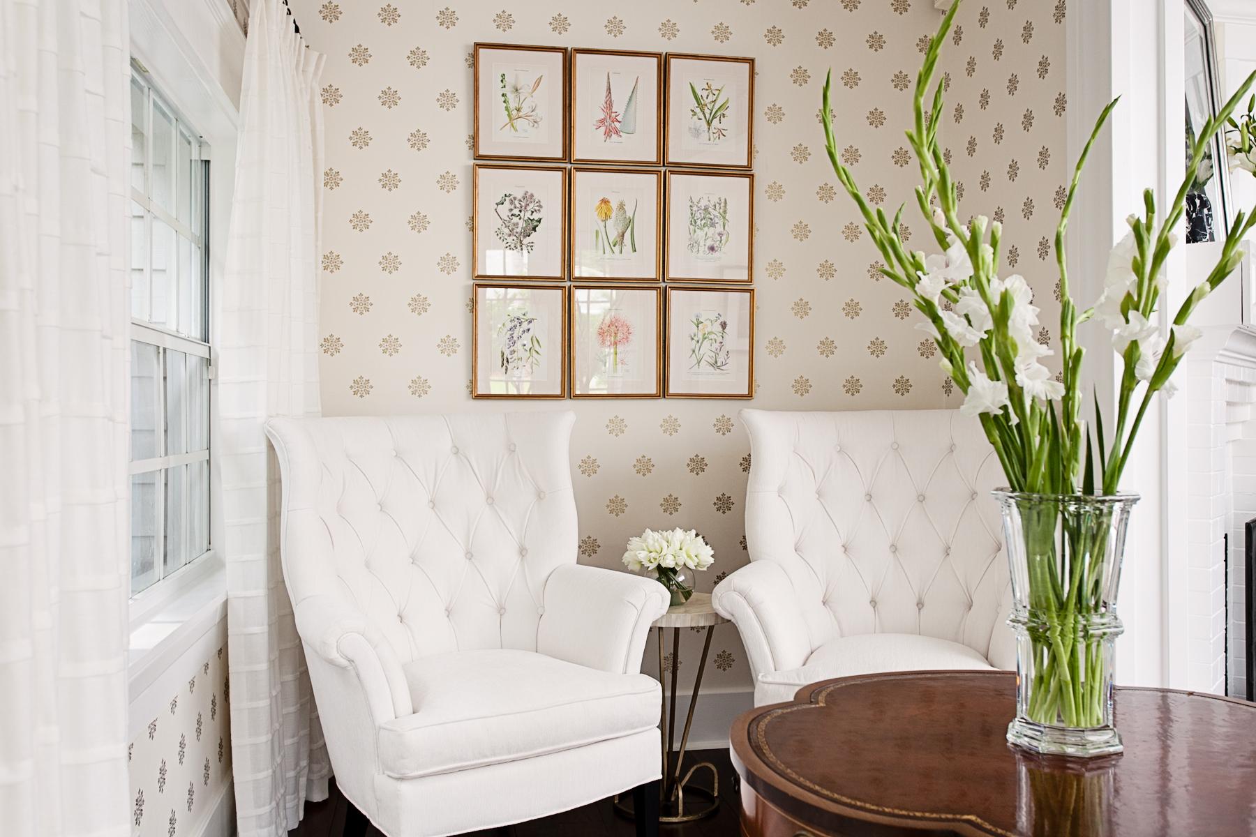 historic_monochromatic_interiordesign_lisagilmoredesign