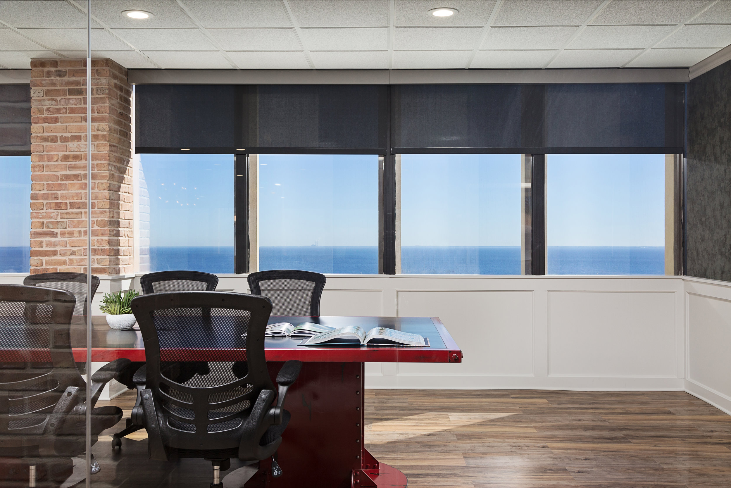 CONFERENCE ROOM OVERLOOKING TAMPA BAY | NATIVE HOUSE PHOTOGRAPHY