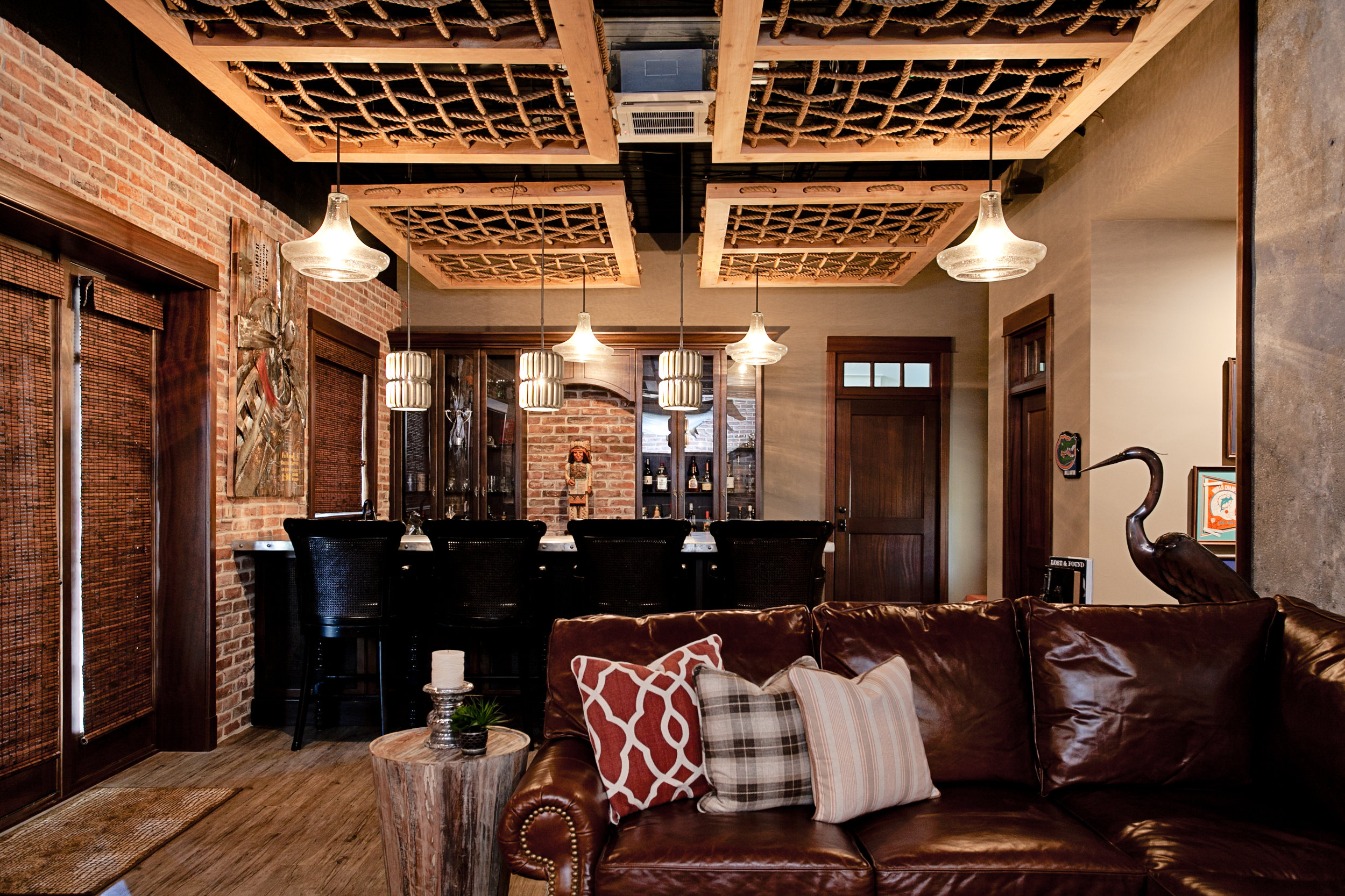 LISA GILMORE DESIGN - WOOD AND ROPE CEILING DETAIL