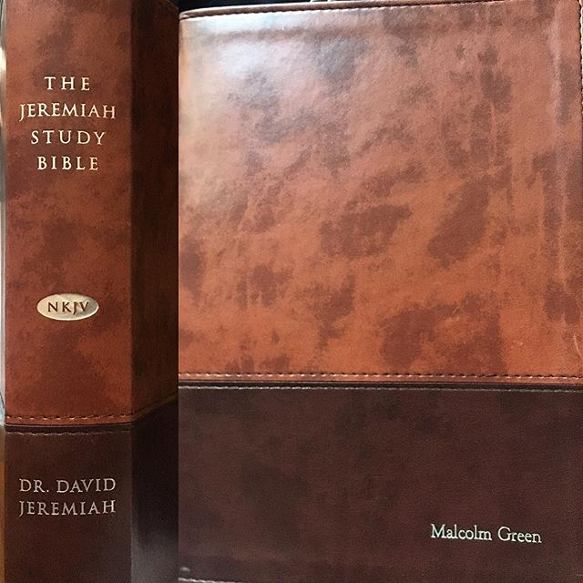 I received the nicest gift from a recent client Turning Point Ministries @drdavidjeremiah. Thank you very much, this is absolutely beautiful. I am humbled that you thought enough of me to have this personalized. Thank you @brianbishop1 and please pass along thanks to Megan, I do not have her IG. #carimabey #jobwelldone ##grateful #hireme