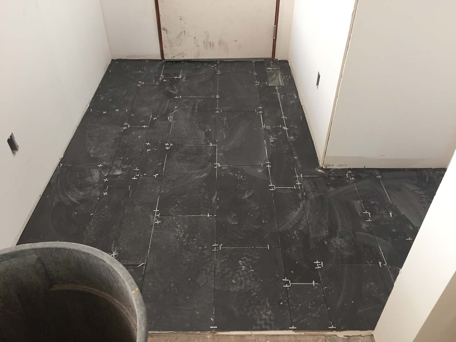 Mosa porcelain tile in the entry.