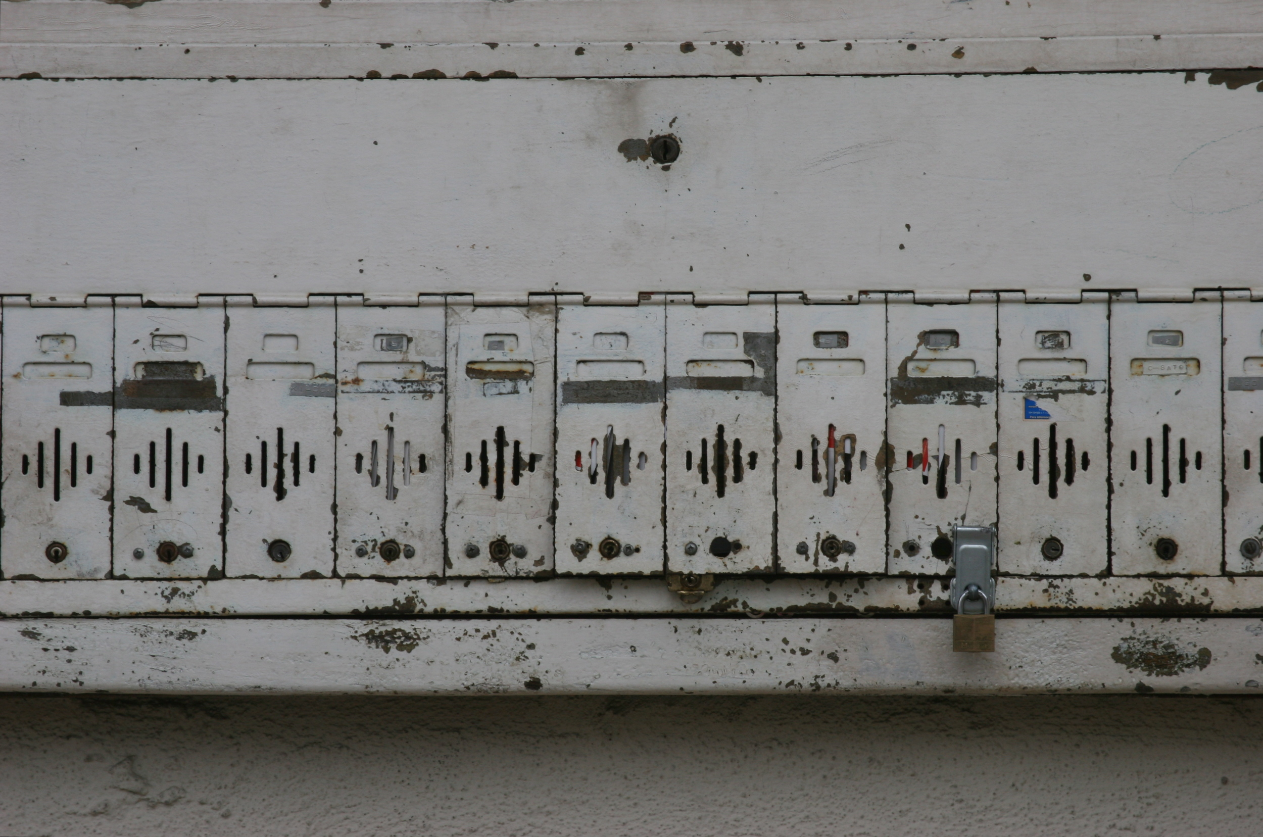 1.Mailboxes.JPG