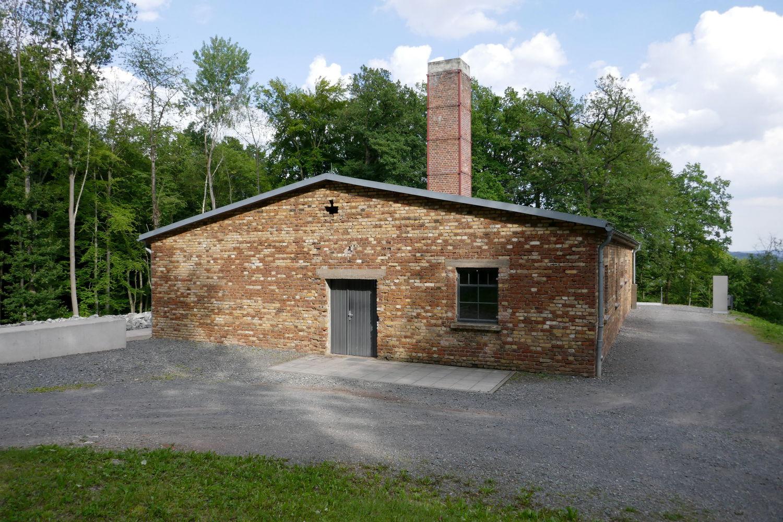 Das Krematoriumsgebäude von DORA