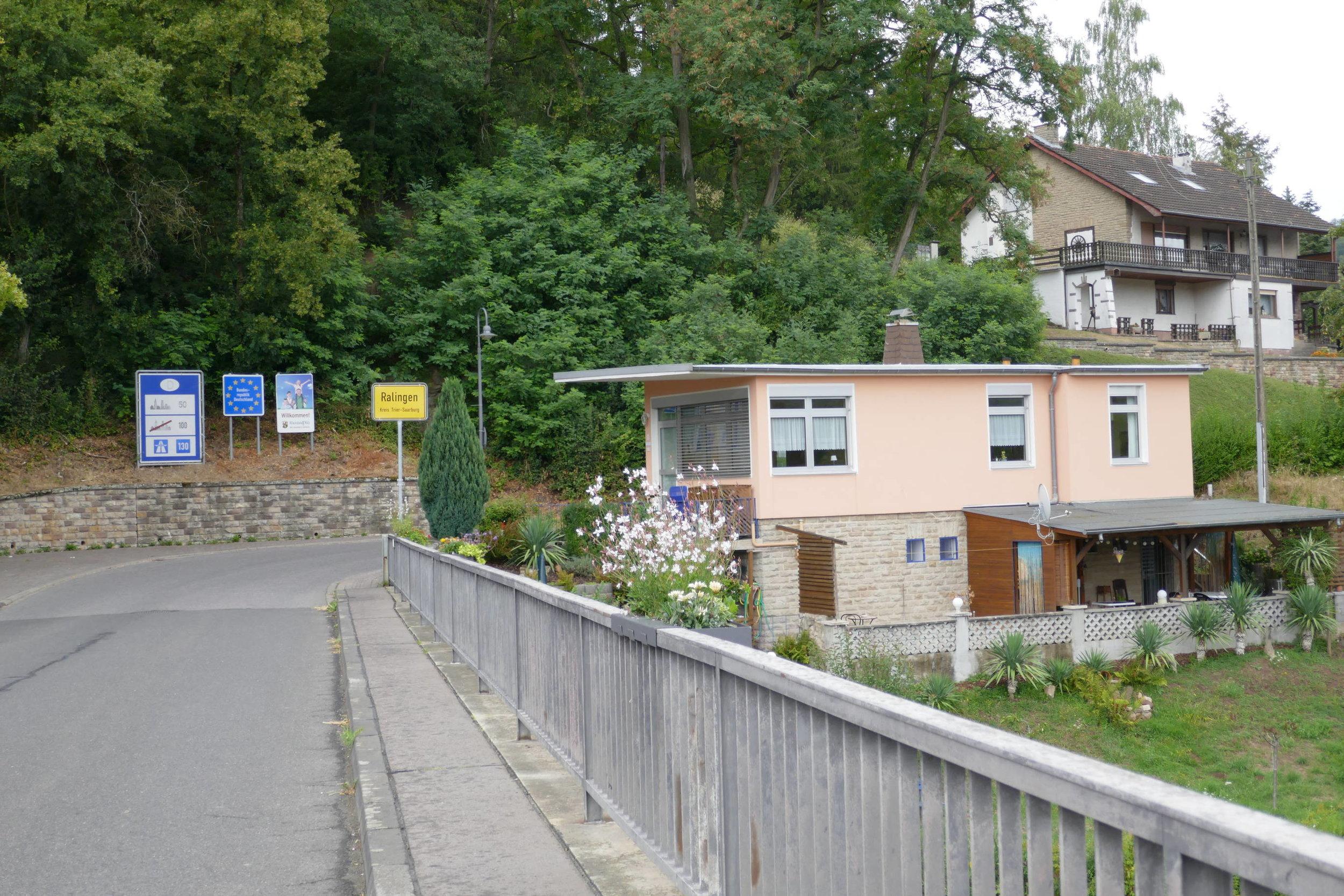 Die alte Grenzstation bei Ralingen