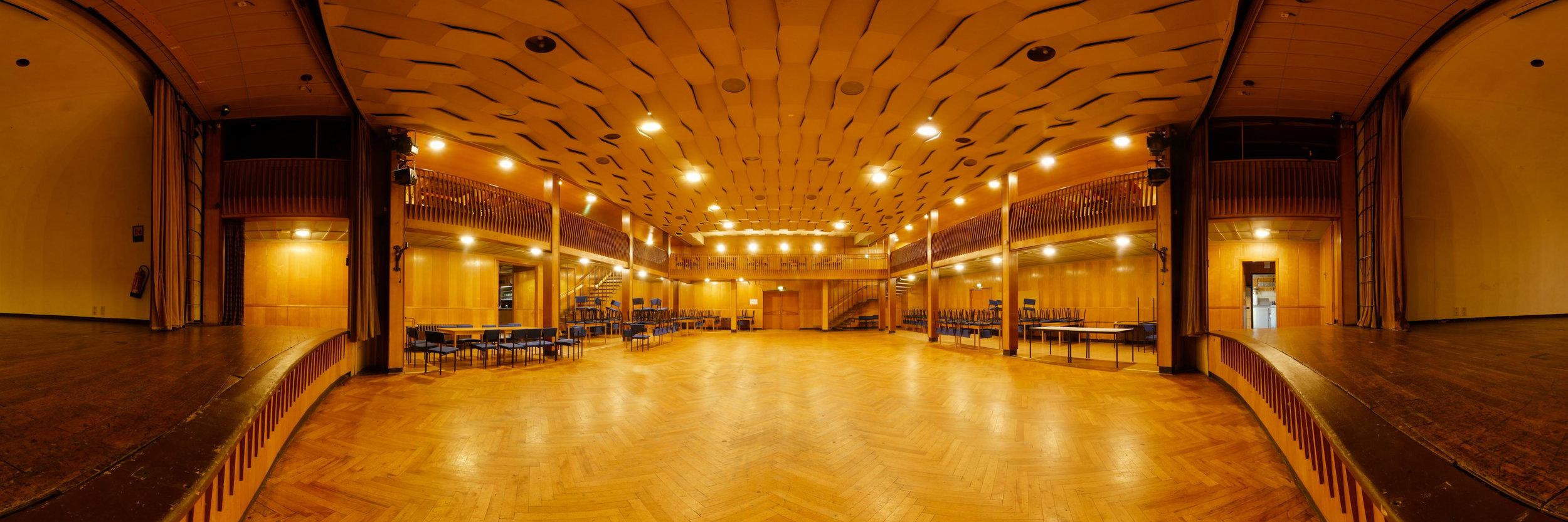 Kulturhaus Lauscha - 180 Grad Panorama von der Bühne aus gesehen