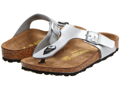 These  Birkenstock Kids Gizeh  have a silver upper, making them really pretty as well as comfy! Once your little one slips on this Gizeh she will fall in love with the fashion and comfort of Birkenstock!
