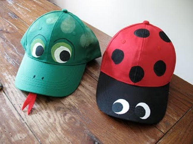 At Shutterfly.com there is an  Easy Kids Craft – Ladybug and Frog Hats  with easy to follow photos and step by step instructions. Kids love making crafts, and it's always a welcomed bonus when the craft is something usable, wearable, and on trend! Your Little Ones will be so proud wearing a Baseball Cap they created themselves!