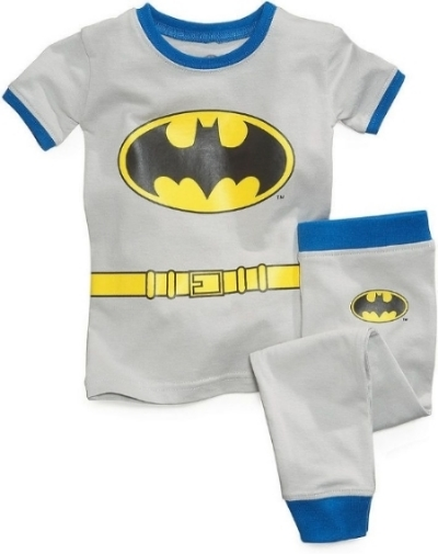 These  DC Comics 2-Piece Fitted Cotton Pajamas are perfect for your little one, who can choose to be a Super Hero or a Sidekick (they are available in Batman, Robin, or Superman designs). Your little Hero will gear up for crime-fighting dreams with these cool two-piece Super Hero Pajamas .