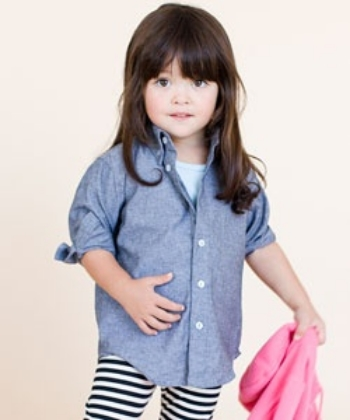This  American Apparel Kids Chambray Long Sleeve Button-Down is their classic Chambray long sleeve button-down made for little ones.