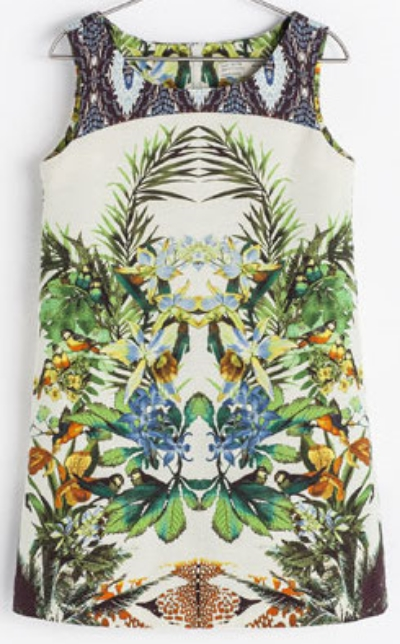 This  Zara BOTANICAL PRINT DRESS is a fun cotton Spring Dress that has a bold placed Floral pattern and also has a print mixing (another trend in Florals for spring).