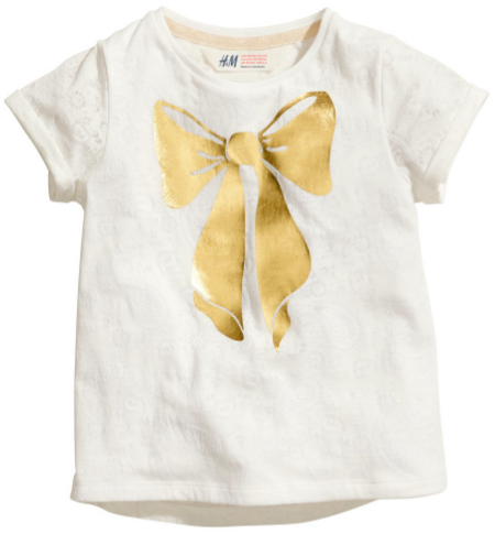 This  H&M Jersey Top with Printed Design is in a soft cotton jersey with a printed Bow graphic at front (there is also an allover burnout pattern and lining at the front).