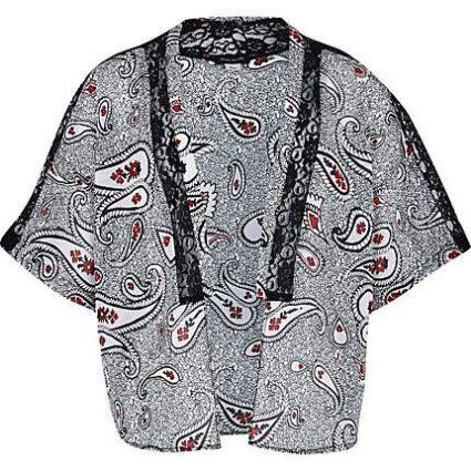 River Island PAISLEY PRINT KIMONO  - Style your daughter in this cool black paisley print Kimono that has lace panels.