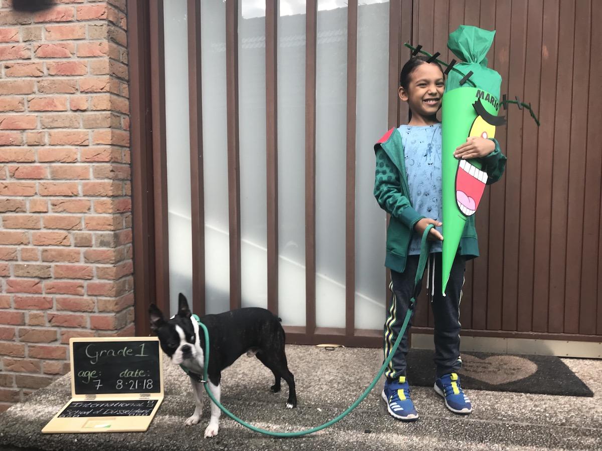 Mario's First Day of School & His Plankton Schultüte