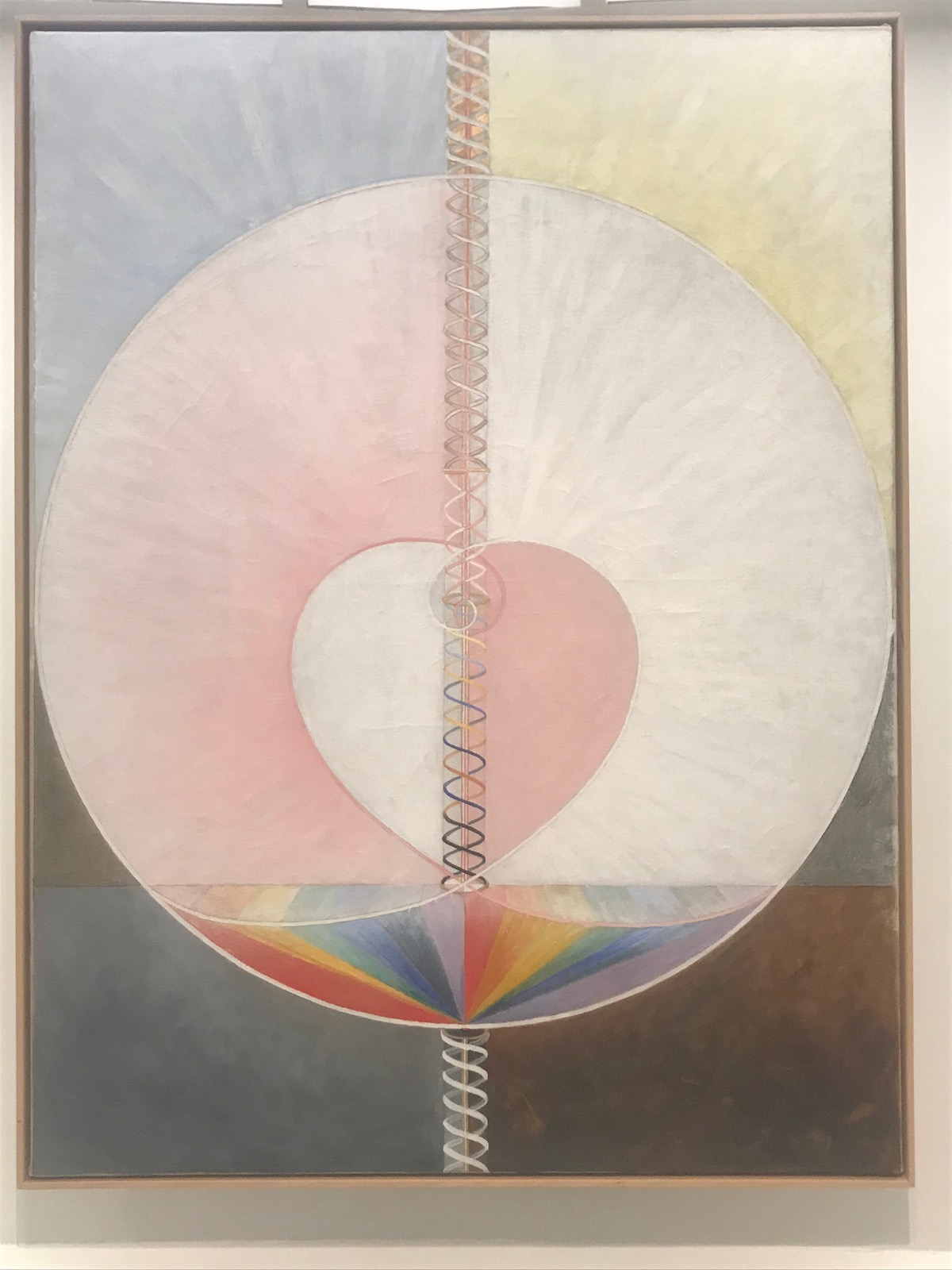 Mario @ Guggenheim Museum - Hilma af Klint: Paintings for the Future | petit-swag.com