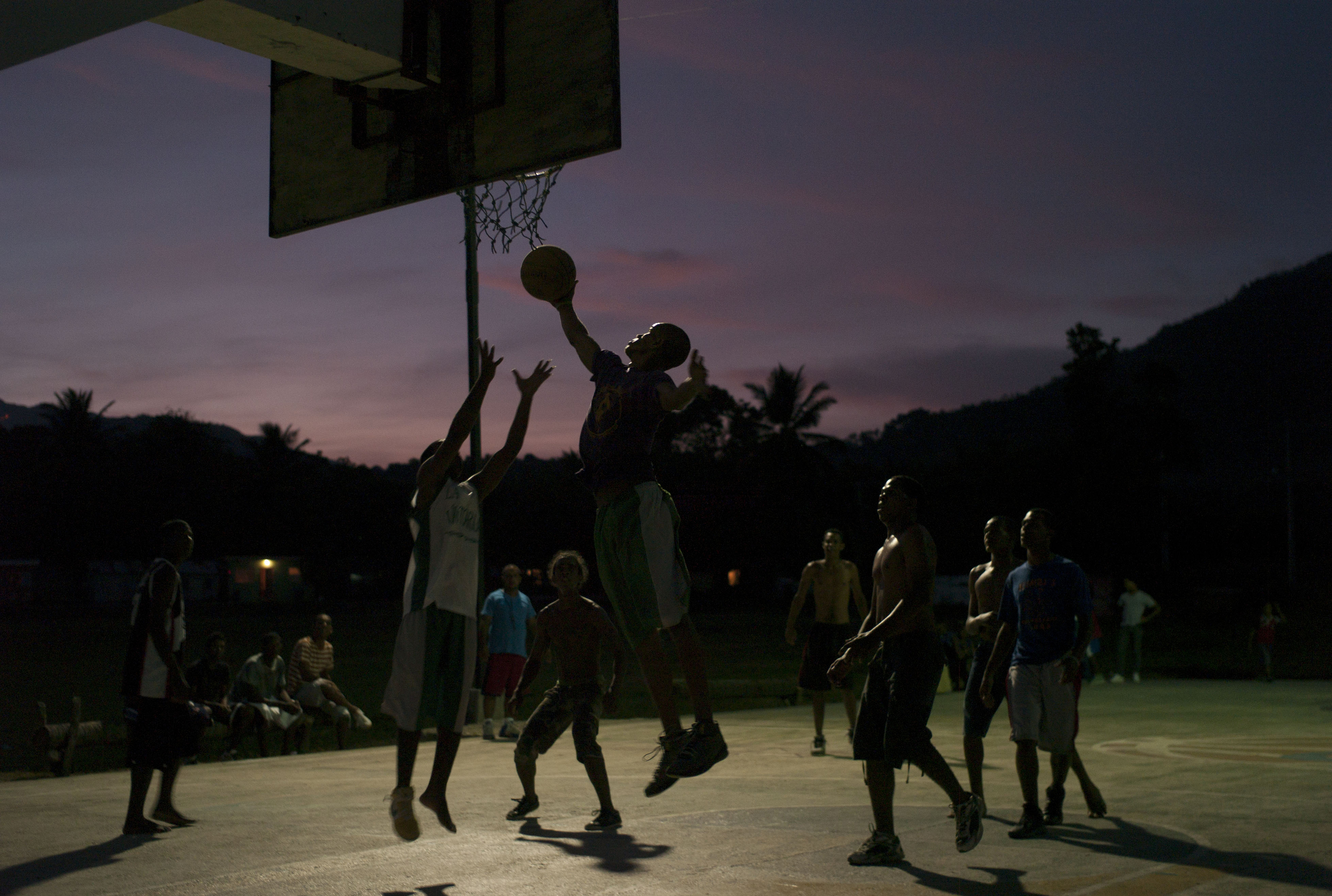 Pickup basketball,  araiso, Dominican Republic.