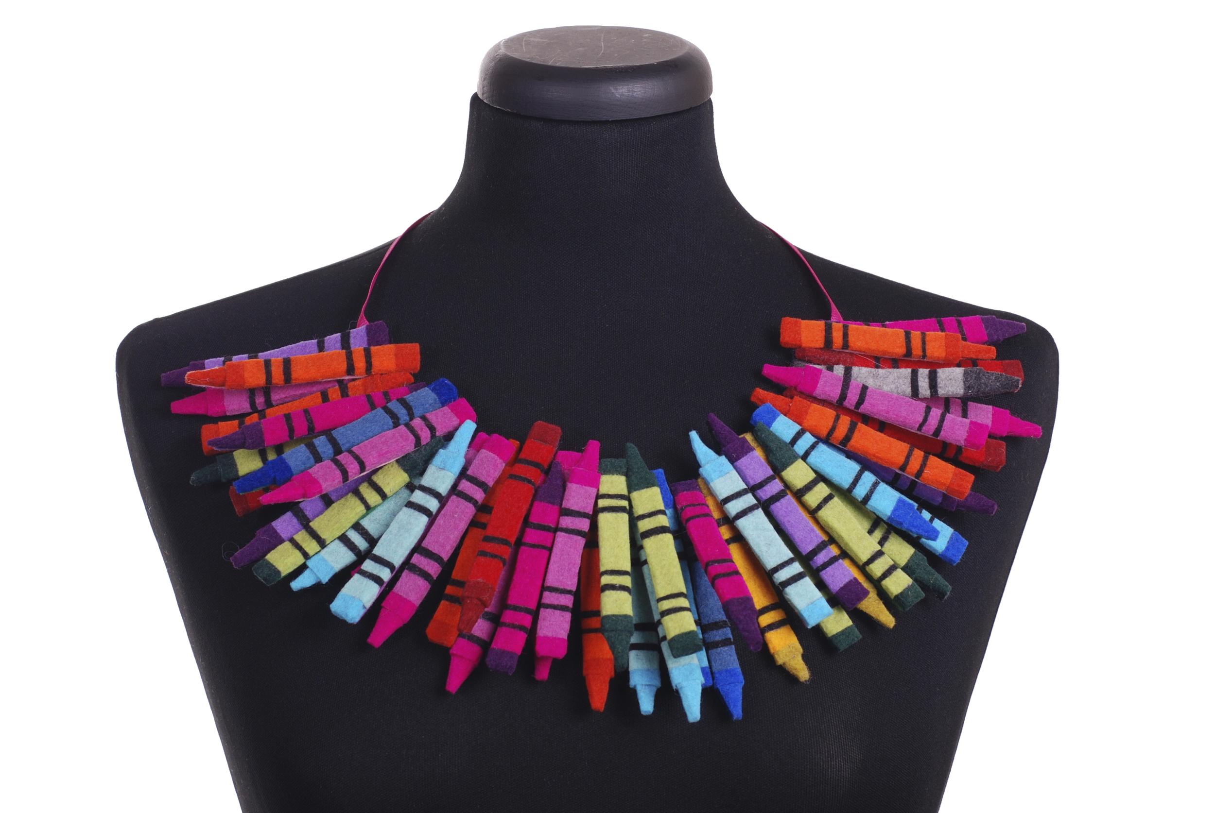 crayon collar.jpg