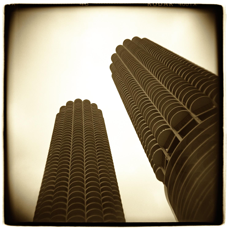 """""""Marina Towers, Chicago"""" H1468"""