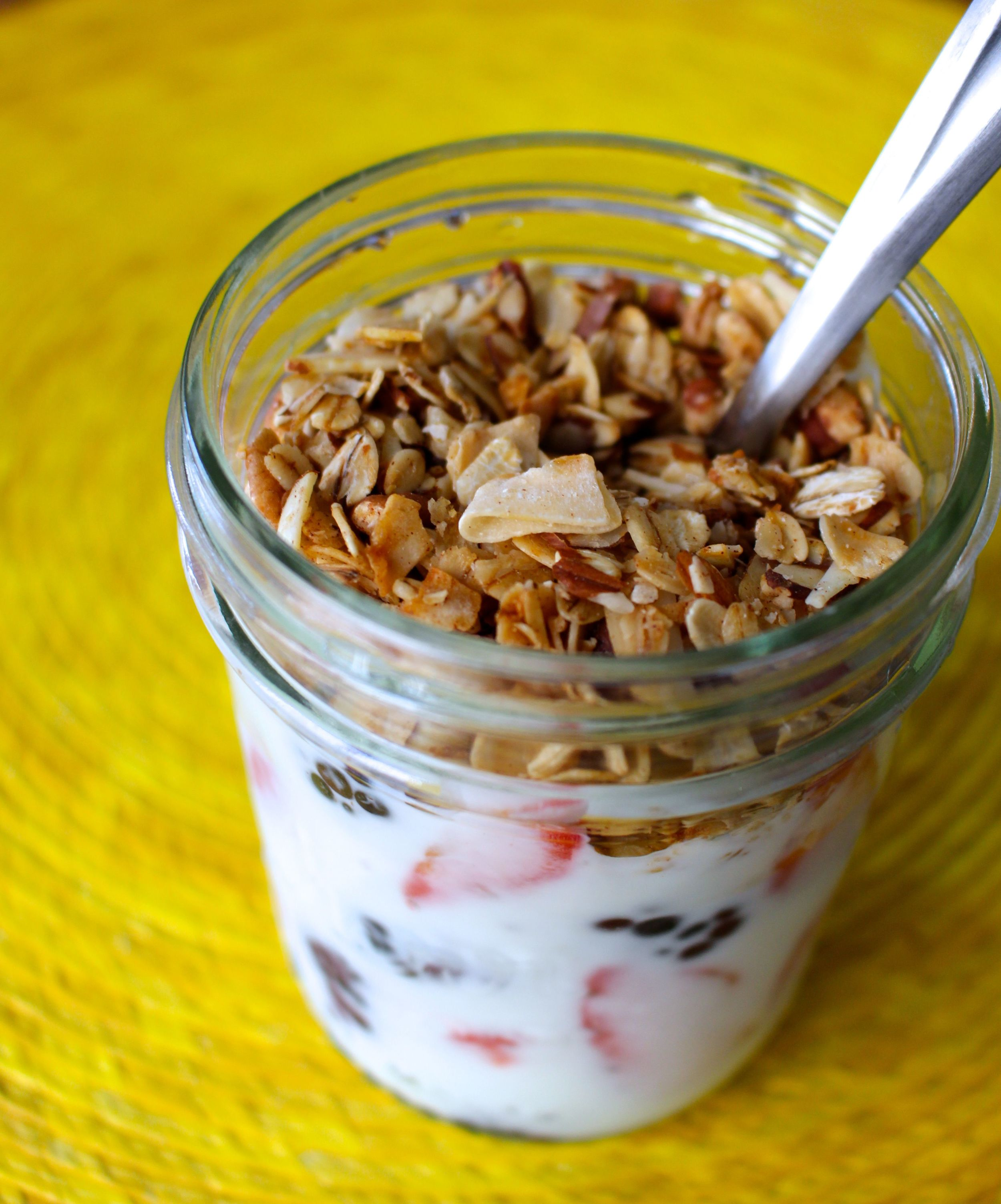 Granola, yogurt and berry breakfast