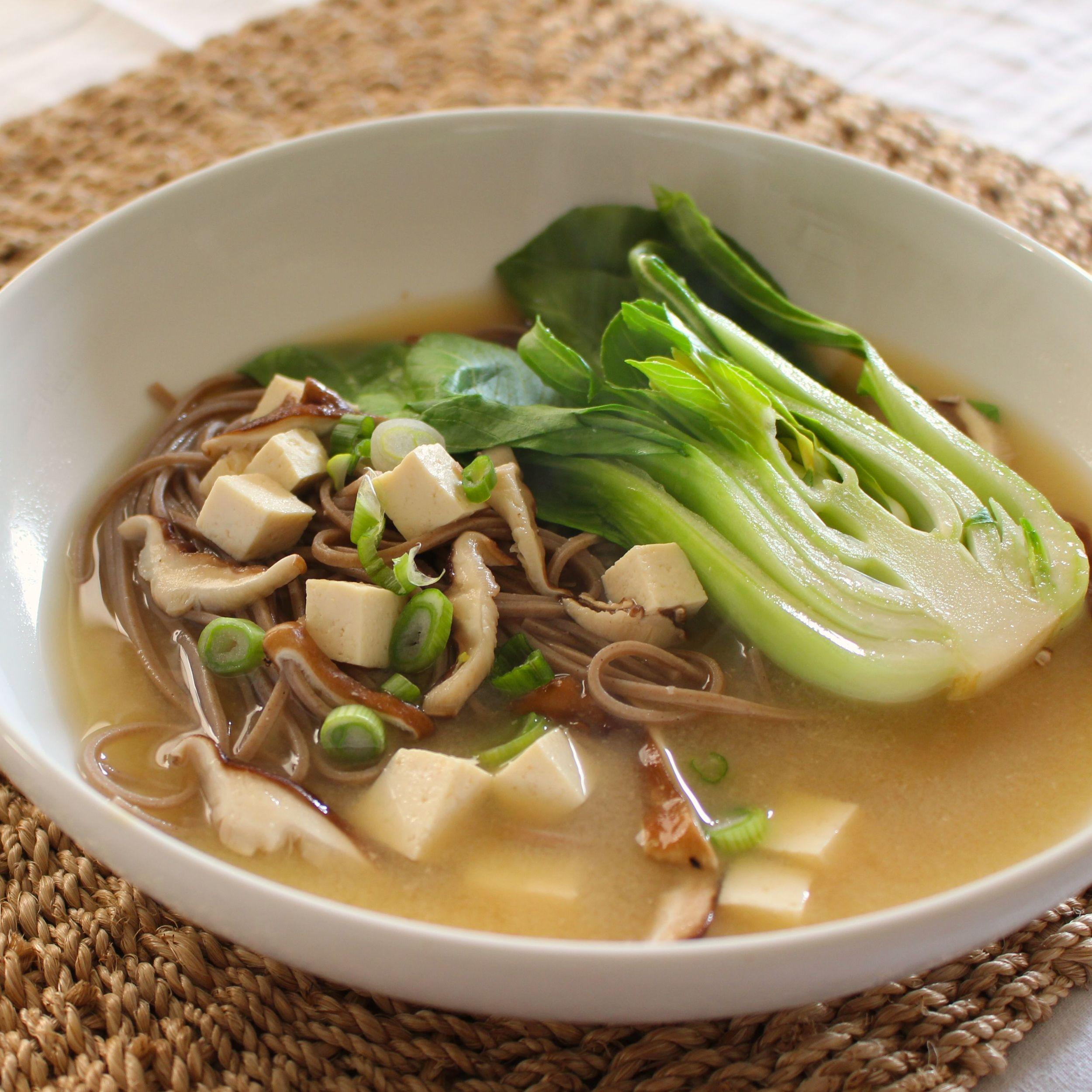 20-minute-miso-noodle-bowls