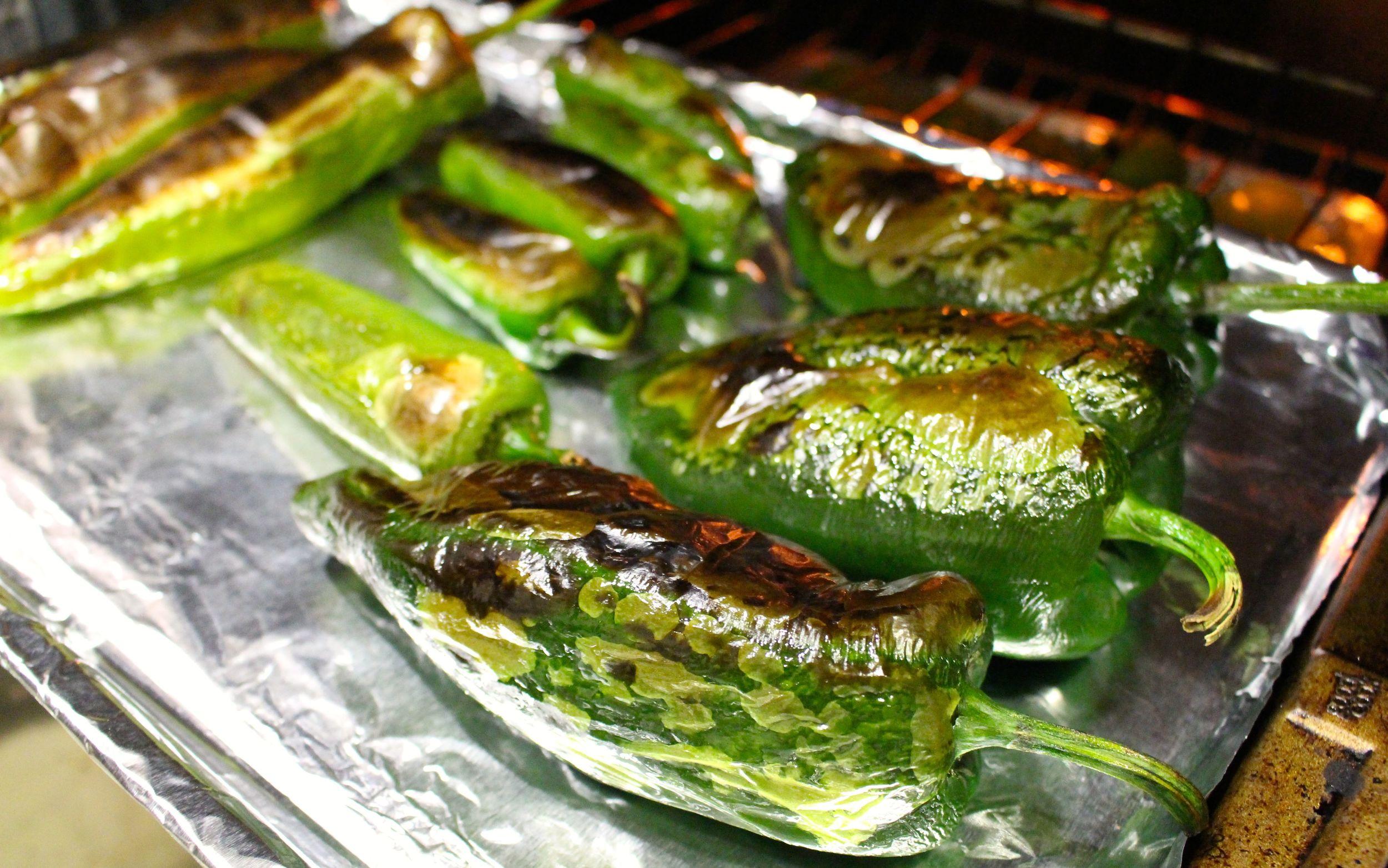 roasting green chili.jpg