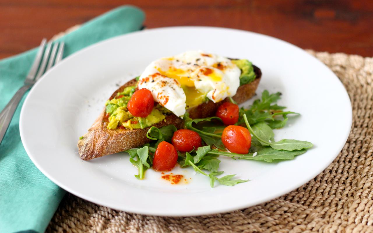 Harissa-Avocado-Toast