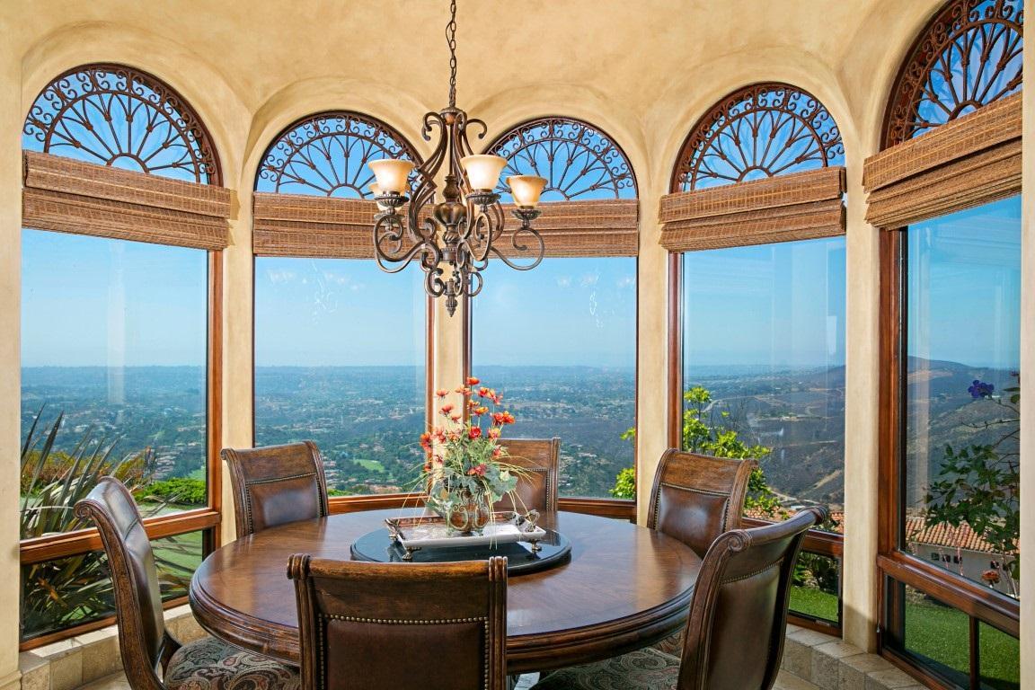 picture-uh=9936663bd097937f9889bfc05baa9df-ps=58f9d22da28eace91ef92eeb95cd36e-7811-Cam-De-Arriba-Rancho-Santa-Fe-CA-92091.jpg