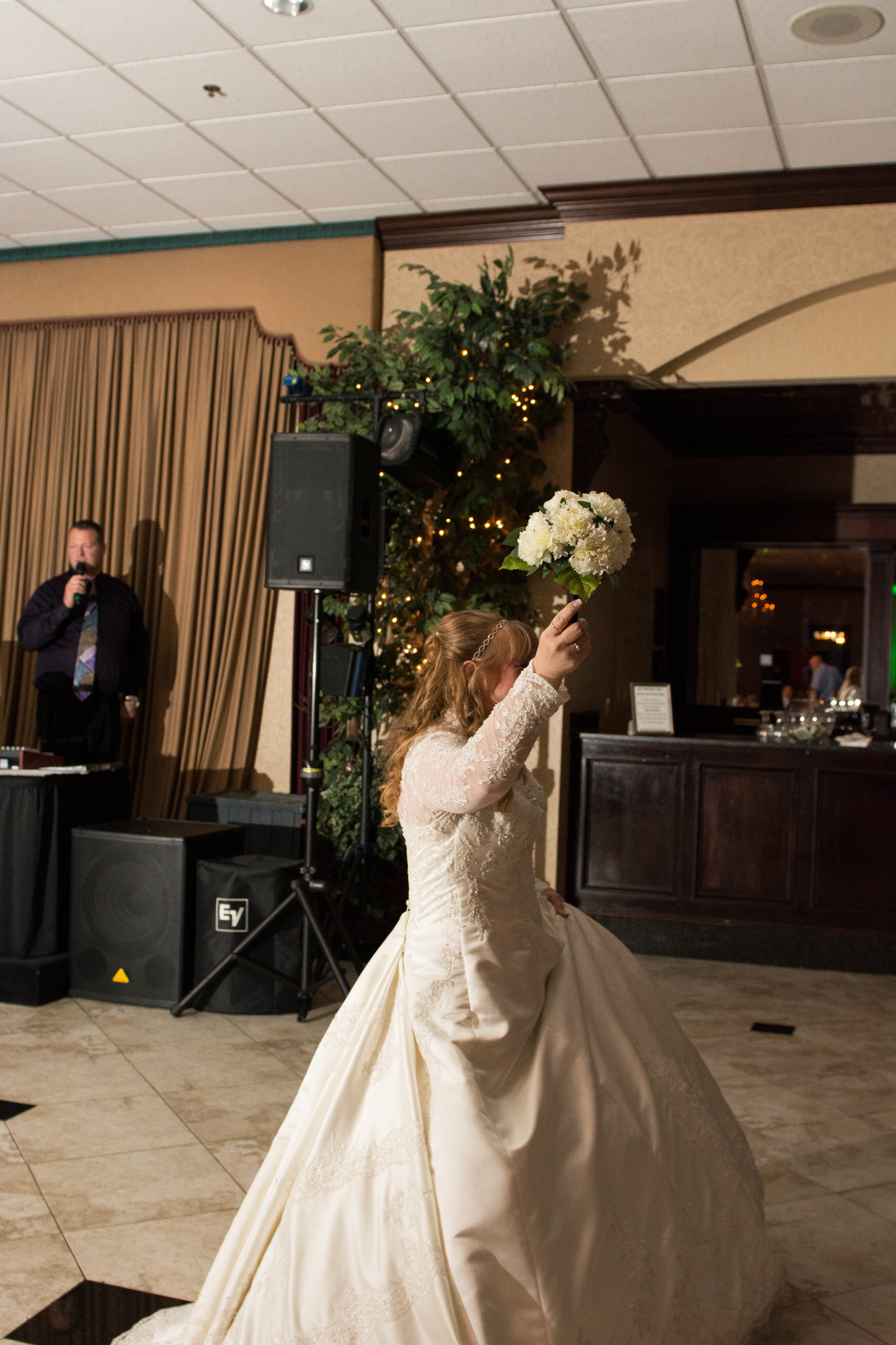 mr and mrs baker crystal gardens howell miss lyss photography