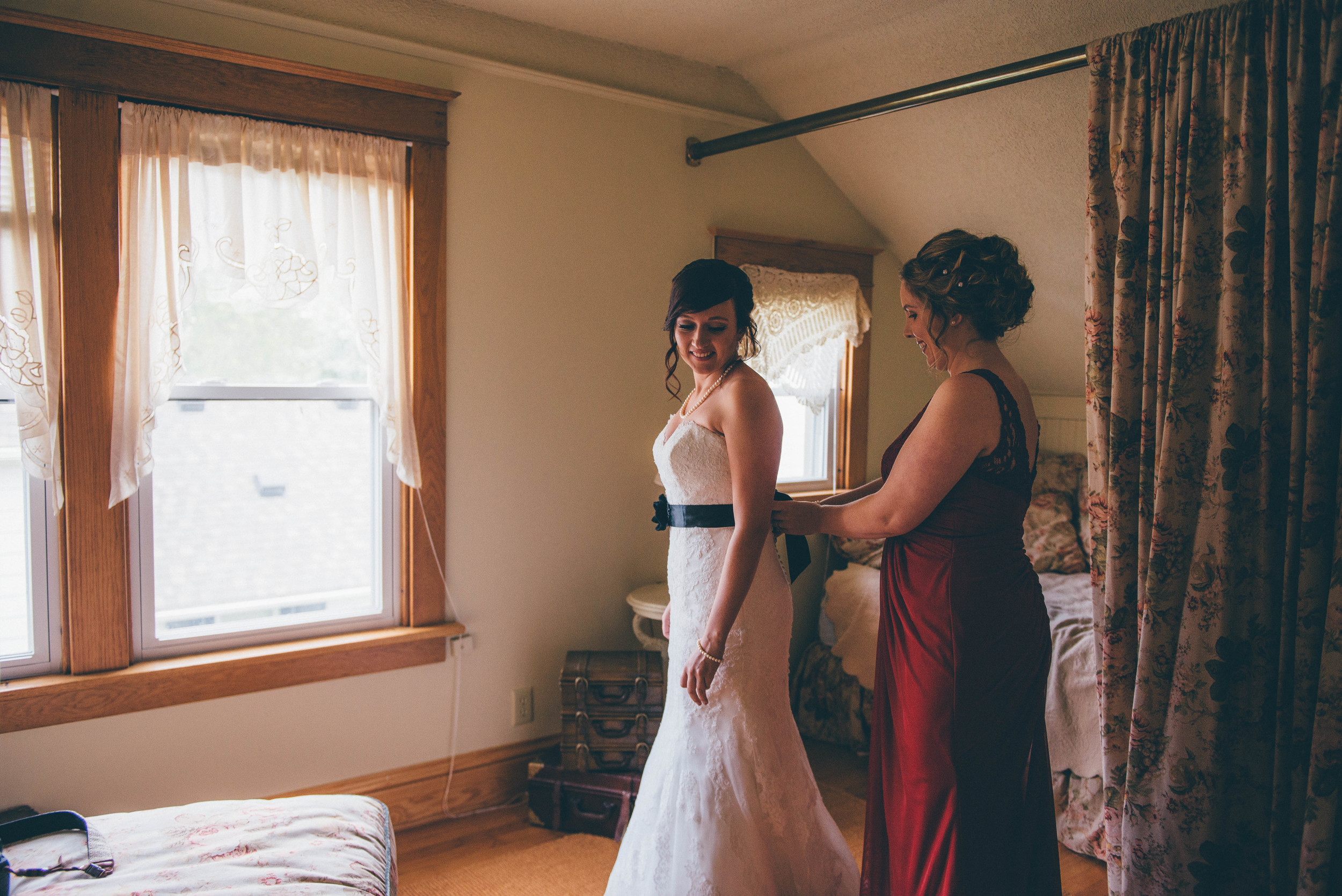 Michigan Vintage Wedding Venue   Miss Lyss Photography   www.misslyssphotography.com