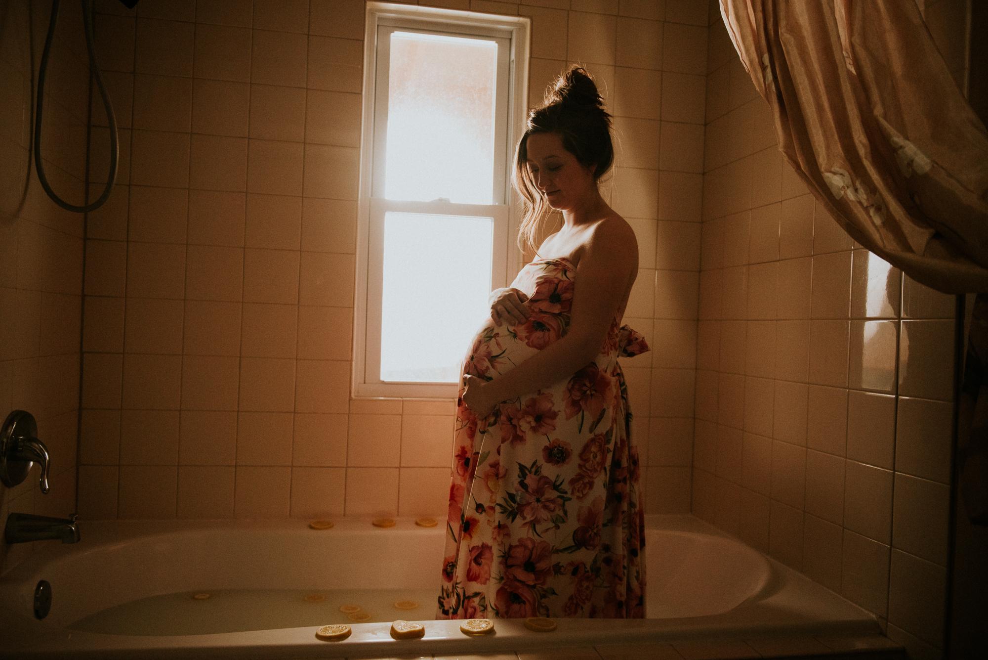 Michigan Maternity Photographer | Miss Lyss Photography | www.misslyssphotography.com