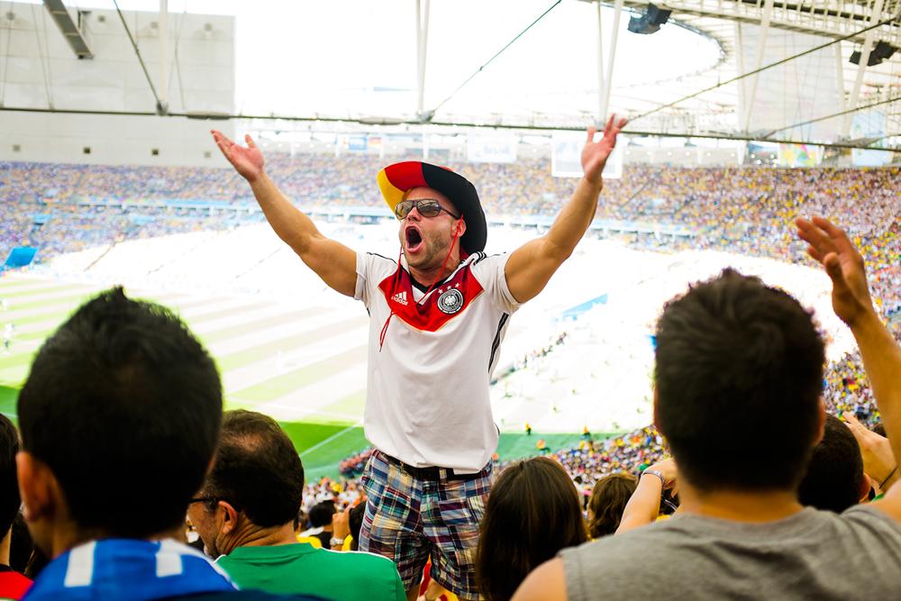 thehundreds-shayna-batya-worldcup-maracana-03.jpg