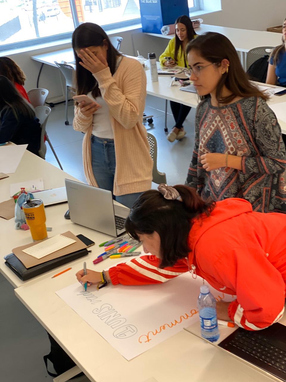 jorge-diego-etienne-trend-workshop-udem-5.jpeg