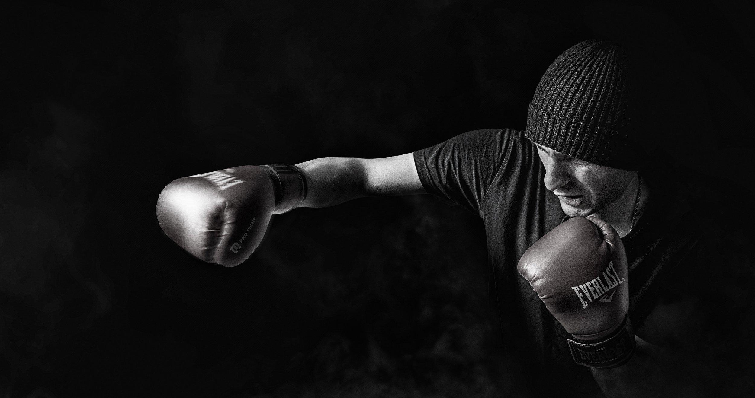 adult-athlete-black-and-white-163403.jpg
