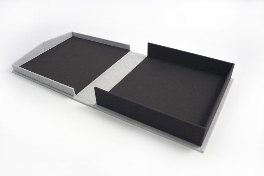Clamshell box.JPG