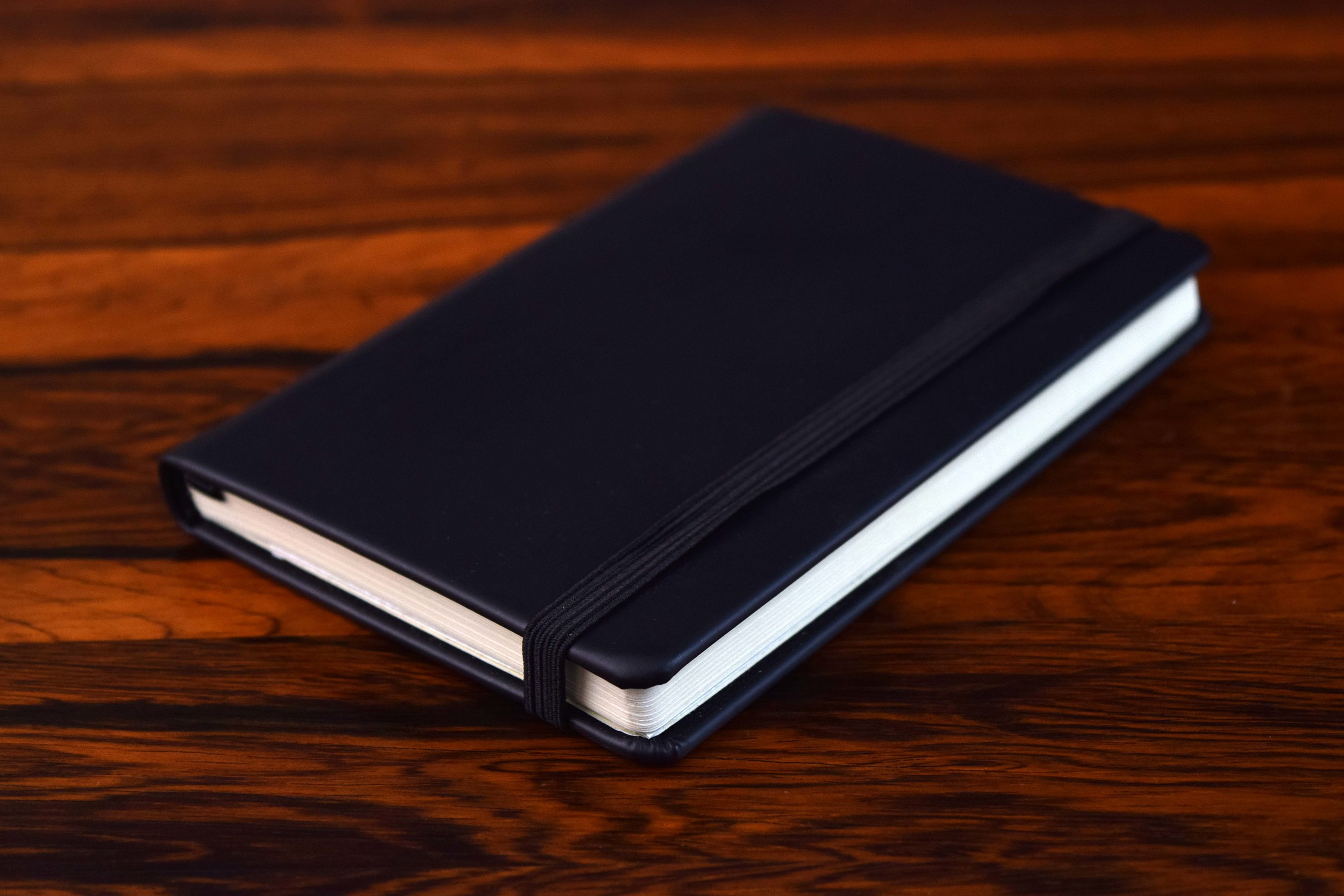 "Branded Notebooks<a href=""/company-diaries"">View →</a>"